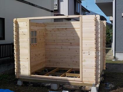 家を建てます(14)番外編「ミニログハウス建てました!第二回」
