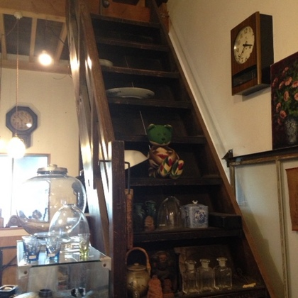 ロフトの古階段