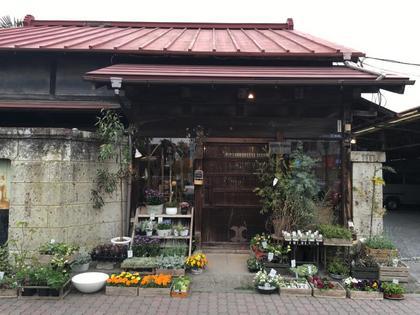 街中のお花屋さん